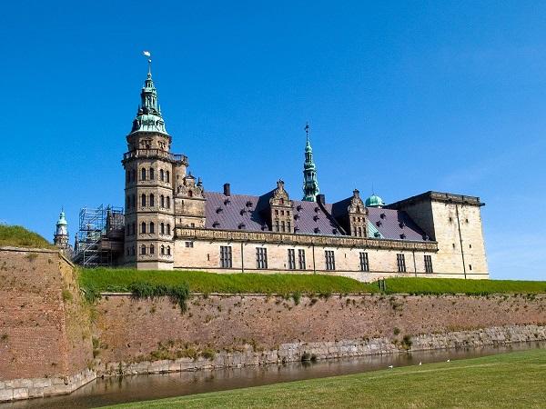 Замок Кроноборг в Дании