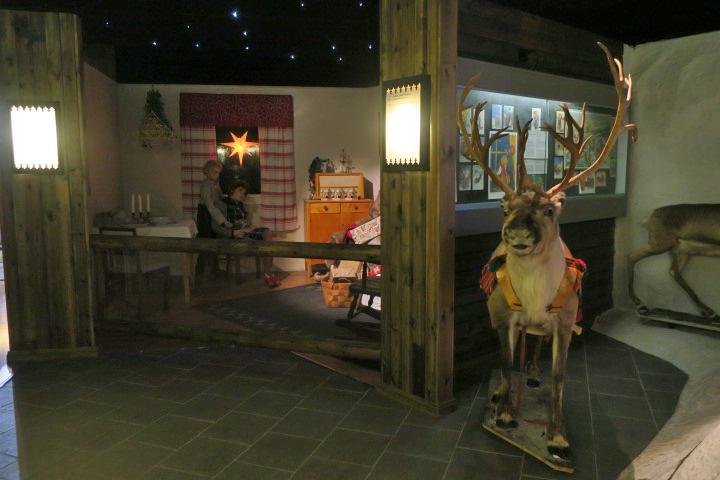 Резиденция Санта-Клауса в Рованиеми