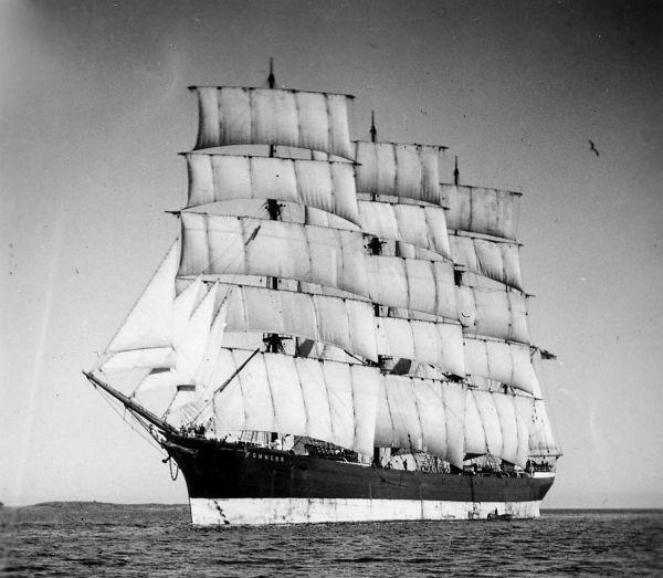 Главный экспонат морского музея Мариенхамна – четырёхмачтовый барк «Поммерн»