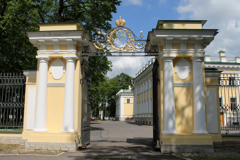 Каменноостровский дворец в Петербурге