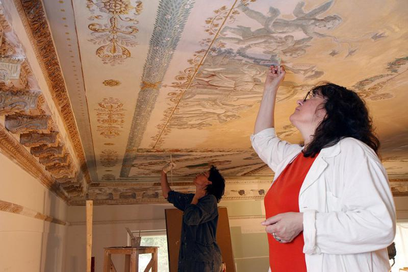 Каменноостровский дворец - реставрация росписи на потолках
