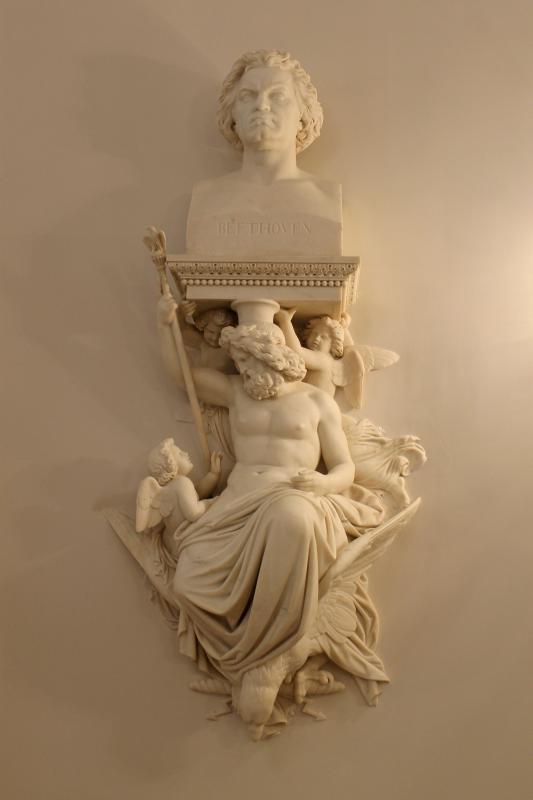 Каменноостровский дворец - скульптуры