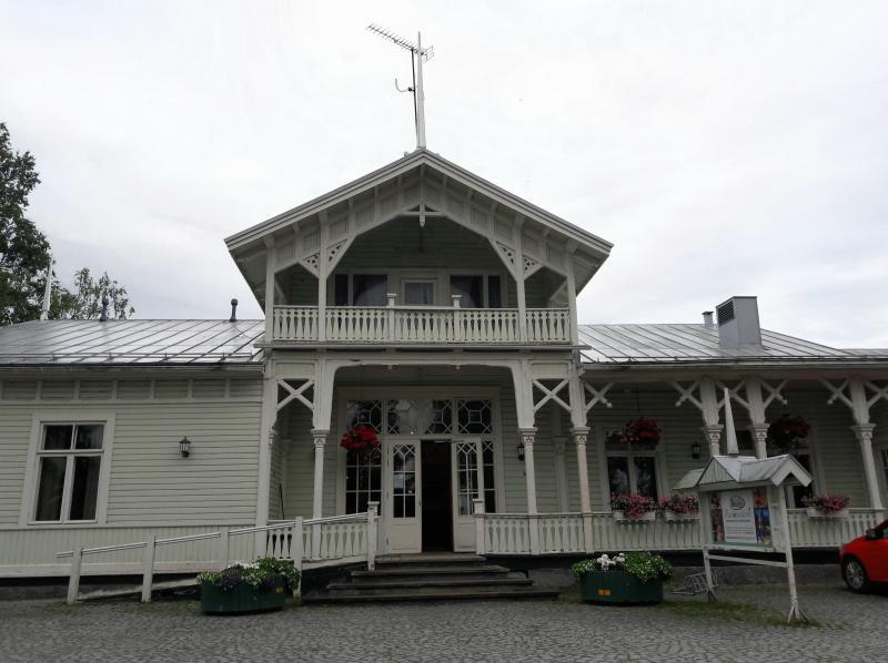 Северная Финлядния. Город Кеми -  старинная деревянная застройка